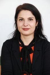 Dr. Raita Laura Oana